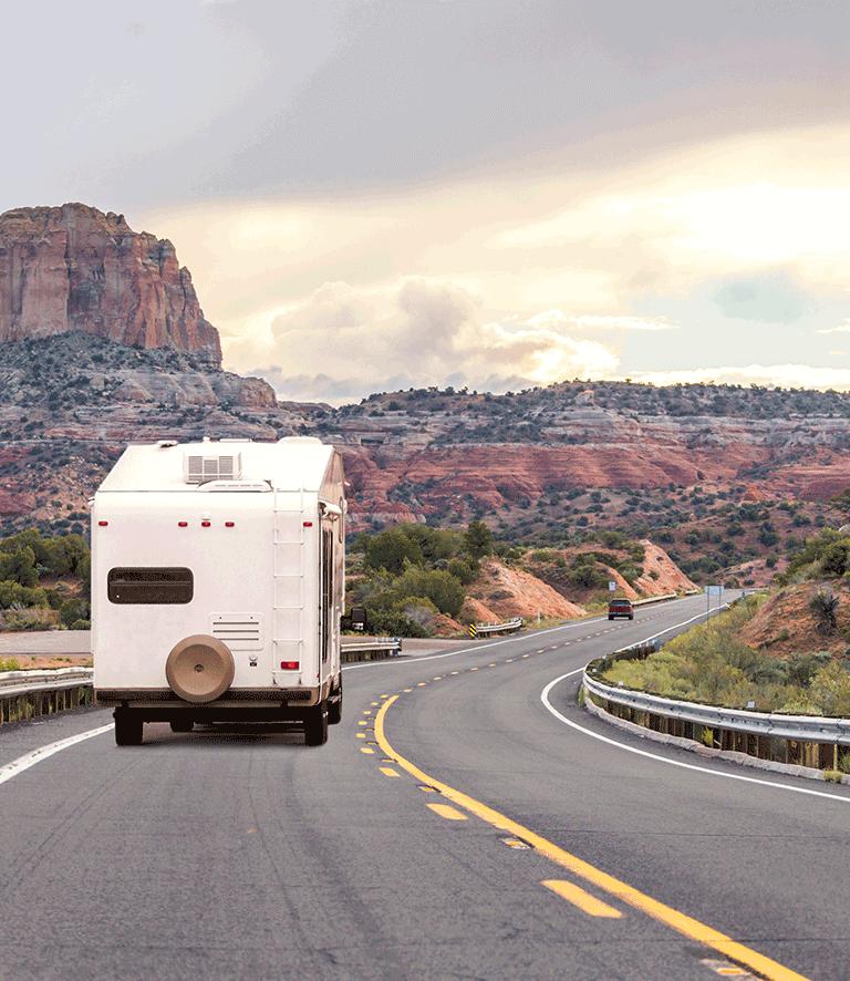 Un camping-car sur la route